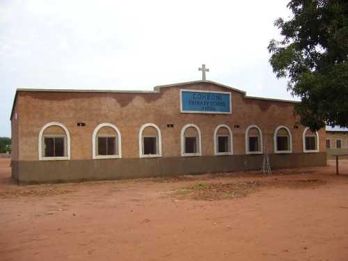 Escuela de primaria de Yirol